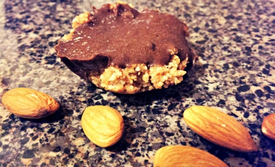 Raw Almond Butter Cups via Fitful Focus 4
